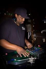 Dj Smuve  - Nightclub DJ - Eugene, Oregon