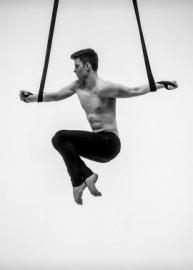 Tim Kriegler - Aerialist / Acrobat - Berlin, Germany