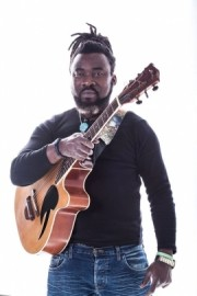 ERIC OMBA - Acoustic Guitarist / Vocalist - Cape Town(South Africa), Congo