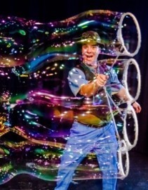The Highland Joker - Bubble Performer - Uckfield, South East