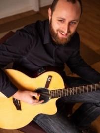 Jon Halden - Acoustic Guitarist / Vocalist - Sudbury, East of England