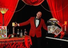 Fabulous Magical Entertainment  - Cabaret Magician - Los Angeles, California