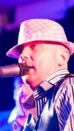 Robbie Lewis - Male Singer - Surrey, South East