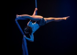 Molly Whitehouse - Aerialist / Acrobat - Islington, London