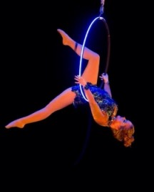 Nikki Gillett - Aerialist / Acrobat - Sydney, New South Wales