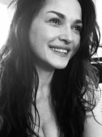 Elena Forbes - Female Singer -