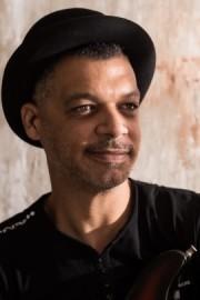Tiabo - Guitar Singer - Flic en Flac, Mauritius