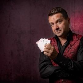 Mark Williams - Close-up Magician - Australia, New South Wales