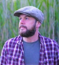 Alan Frew - Acoustic Guitarist / Vocalist - Prestwick, East of England
