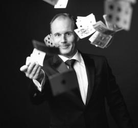 Stefan Ebinger - Close-Up Magician - Cabaret Magician - Close-up Magician - Germany