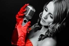 Sondelle  - Female Singer - Barnsley, North of England