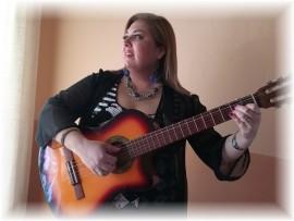 Lilika - Guitar Singer - Paraguay, Paraguay