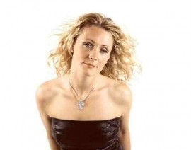 'Just Ali' - Female Singer - Manchester, North of England