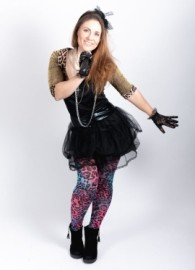 Leona - Female Singer - Chatham, South East