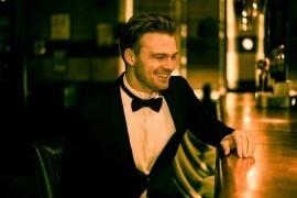 Chris James - Male Singer - London, London