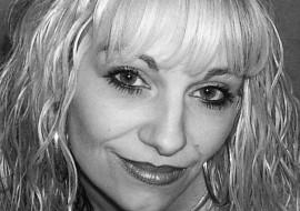 Jo Zinone - Female Singer - Surrey, South East