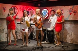 Salsa life - Acoustic Band - Cuba