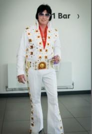 Elvis in Concert image