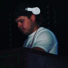 DJ Zander - Nightclub DJ - Glasgow, Scotland