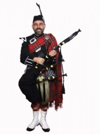 Paul Boness - Bagpiper - Stratford-upon-Avon, West Midlands