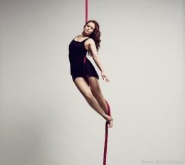 Heidi Hickling-Moore - Aerialist / Acrobat - London