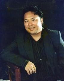 Solo Singing Pianist - Pianist / Keyboardist - Japan