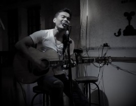 ROM SALVADOR - Acoustic Guitarist / Vocalist -