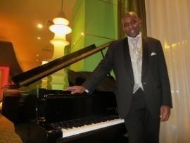 Jay Black - Pianist / Singer - London