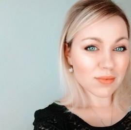 Karolina kukolova image