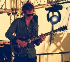 TOM J - Acoustic Guitarist / Vocalist - Nottingham, Midlands