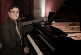 Kyri Anastasiou - Pianist / Keyboardist - Southend-on-Sea, East of England