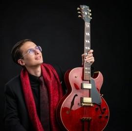 Francesco Lanaro - Solo Guitarist - milan, Italy