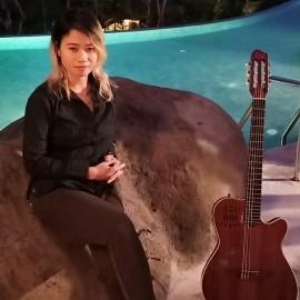 Jean Anderson - Acoustic Guitarist / Vocalist - Bali, Indonesia