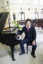 julius - Other Artistic Entertainer - 3100, Philippines