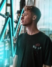 Ellis - Nightclub DJ - Birmingham, West Midlands