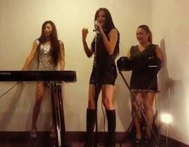 Triada Band - Female Singer - Colombia