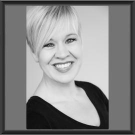 Julie Baker - Female Singer - Nebraska
