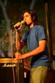 Shayne Reynolds - Acoustic Guitarist / Vocalist - Secunderabad, India