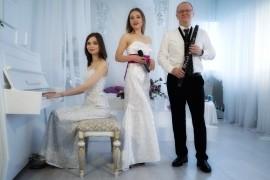 Emotions Trio - Female Singer - Russia, Russian Federation