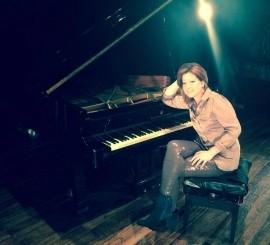 Alejandra - Pianist / Keyboardist - Venezuela, Venezuela
