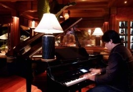 Charlie - Pianist / Keyboardist - phuket, Thailand