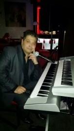 Matus Bagar - Pianist / Singer - Liverpool, North West England