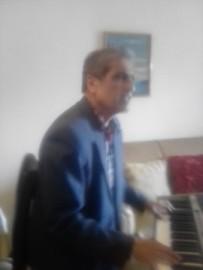 Pianist singer of ballads from the 70s - 80-90, - Pianist / Singer - Caracas, Venezuela