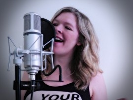 Essy Beth - Female Singer - Huddersfield, Yorkshire and the Humber