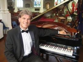 Stephen Kingsbury - Pianist / Keyboardist - UK, South East