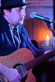 Nick Thurtell - Guitar Singer - South East