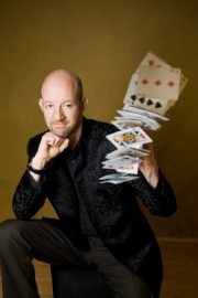 Ian Souch - Close-up Magician - High Wycombe, South East