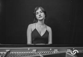 BILGE GUNAYDIN - Pianist / Keyboardist - Istanbul, Turkey