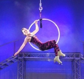 Zoe Baldock - Aerialist / Acrobat - Woking, South East