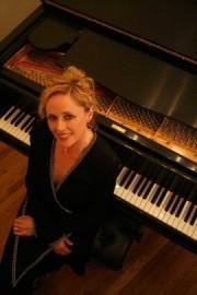 Beth Dean - Pianist / Singer - Lexington-Fayette, Kentucky